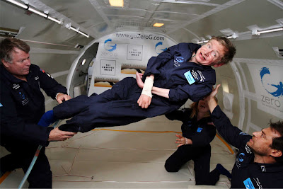 El físico Stephen Hawking a bordo del G-Force One