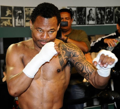 Shane Mosley fighting pose