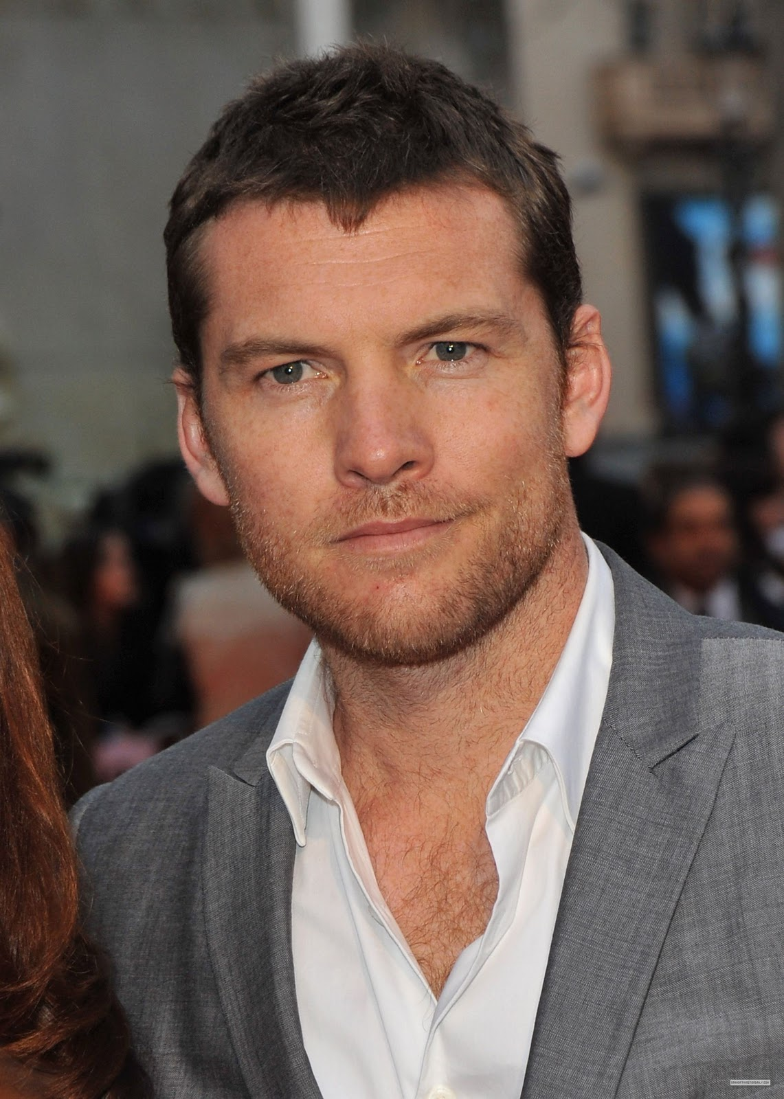 http://4.bp.blogspot.com/_QhQHrMXYV40/TL8uDtGlZ5I/AAAAAAAAADA/EJBohTDRIfc/s1600/Sam-at-Clash-of-The-Titans-London-Premiere-03-29-10-sam-worthington-11167781-1783-2500.jpg