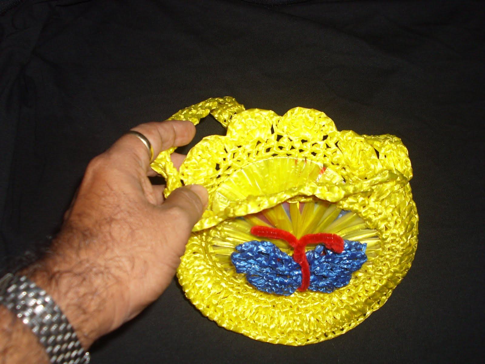 Ara ito tejedor bolsita de crochet en rafia amarilla - Manualidades con rafia ...