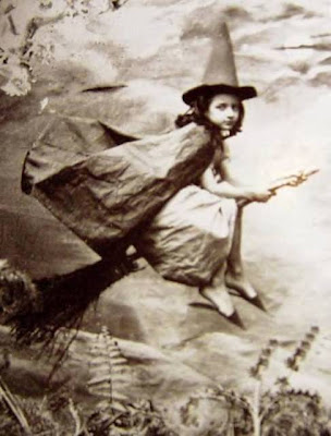 The Enchanted Creatrix: All things Witchy and Wonderful