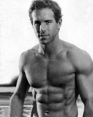 Ryan Reynolds  on Hottie Moniker  Ryan Reynolds