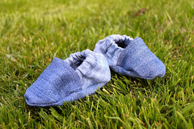 DIY recycled baby shoes