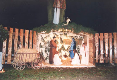 Christmas,Christmas in Fran,Cechristmas Tree,Christmas Wallpaper,Christmas Clip Art,Merry Christmas,Christmas Santa