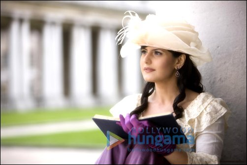 zarine khan hot photos. Zarine Khan very Beautiful