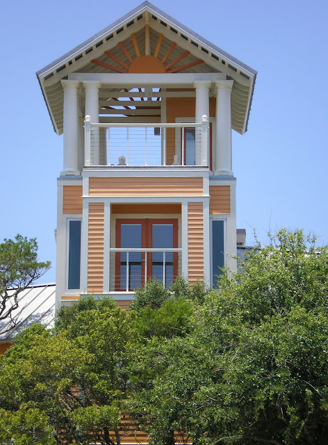 Erin 39 s art and gardens seaside florida for Small homes in florida