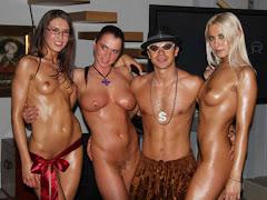 Topless Hot Girls
