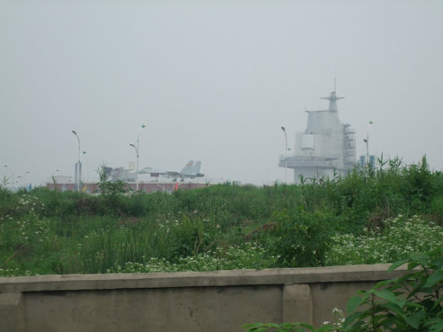 Chinese Aegis and J -15, Wuhan aircraft carrier decorated very fast