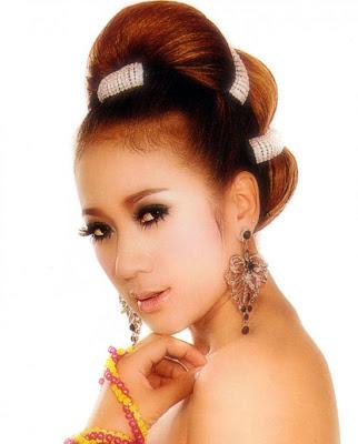 khmer singer sim thaina