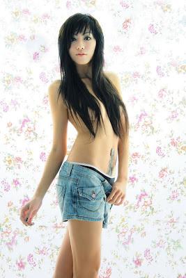 Sukhio Gold Bikini