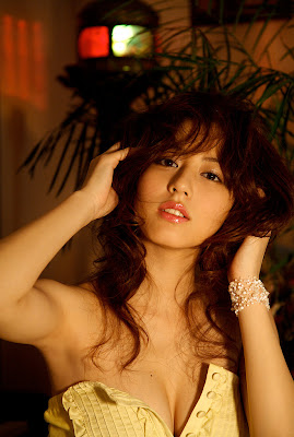 Japanese Sexy Model Yumi Sugimoto
