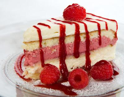 RASPBERRY+WHITE+CHOCOLATE+MOUSSE+CAKE CHOCOLATE | Recipe: Raspberry ...
