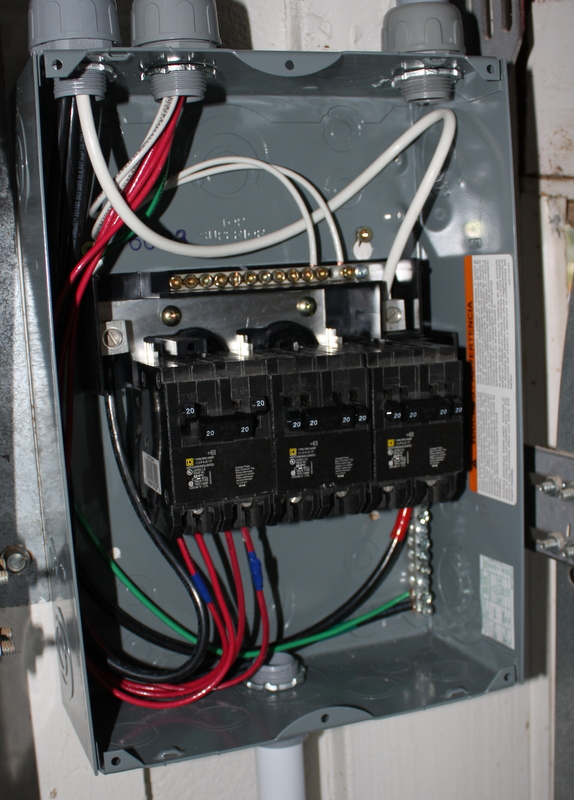 wiring the shop for 220v half inch shy rh halfinchshy com Home Circuit Breaker Panel Home Circuit Breaker Panel