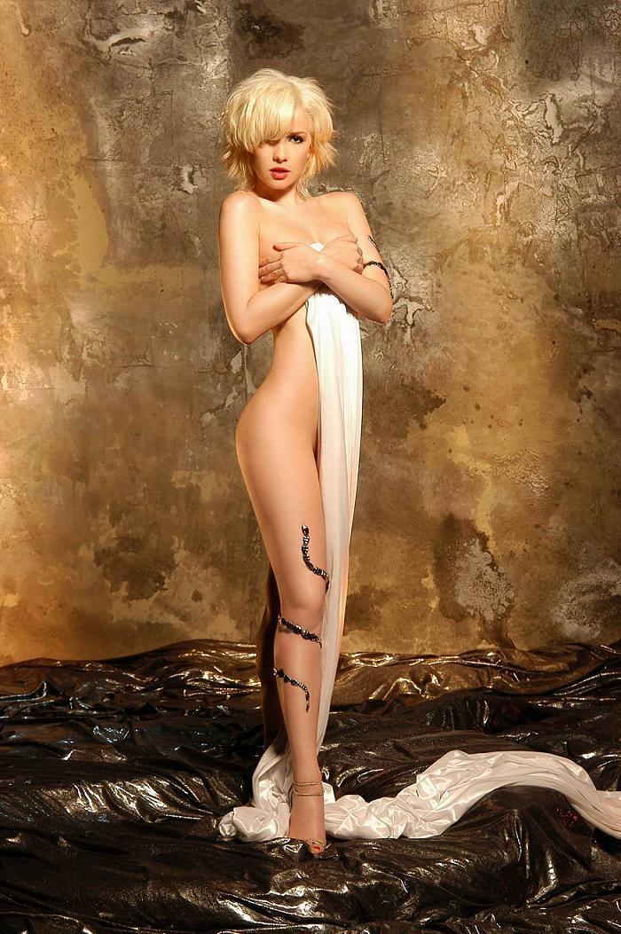 prostitutki-moskvi-s-tatuirovkami