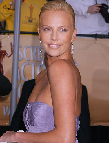 charlize theron photos 05 Mom & granny petra (53) plays at home. Alone at home housewife, ...