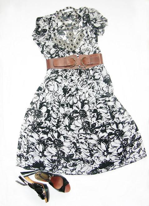 rochie unicat alb negru