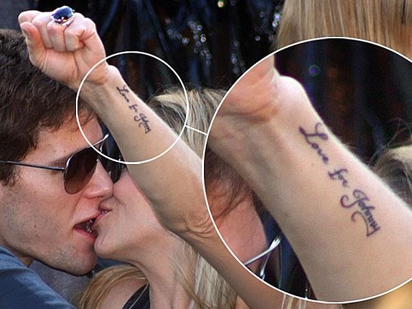 Jonatas Faro Tamb  M Fez Uma Tatuagem Em Homenagem A Danielle Winits