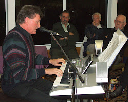 Our June 2009 Club Night Guest Artist, Murray Hancox