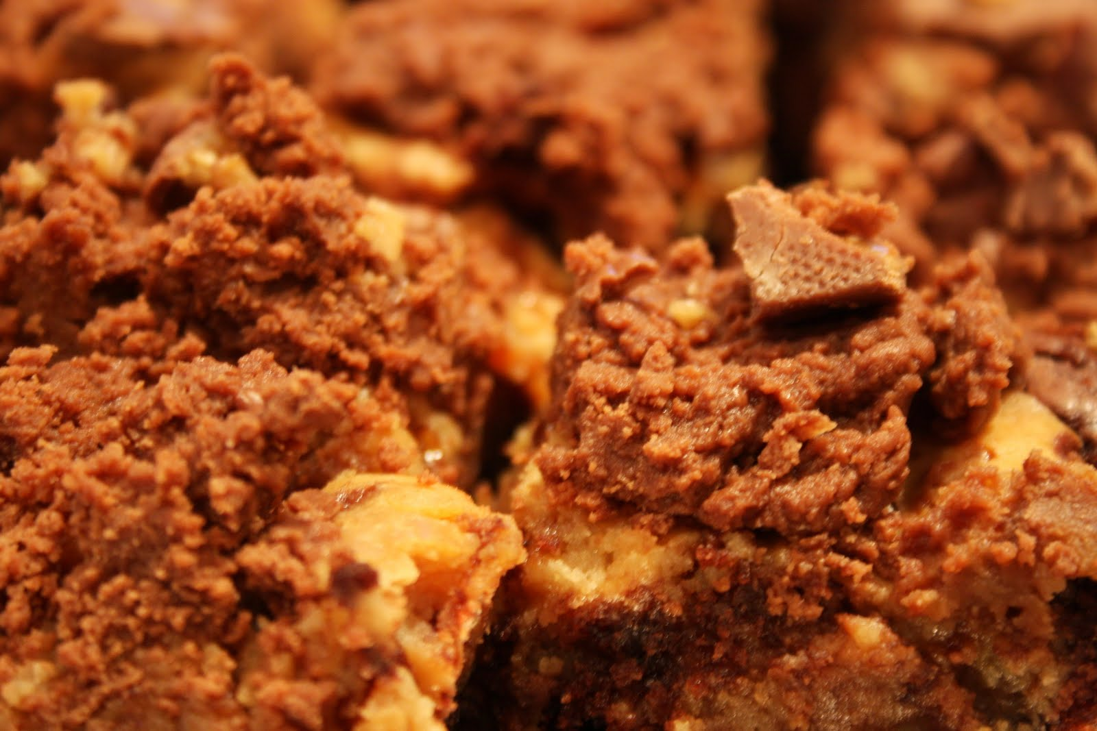 San Diego Cooks: Peanut Butter-Toffee Cheesecake Brownies