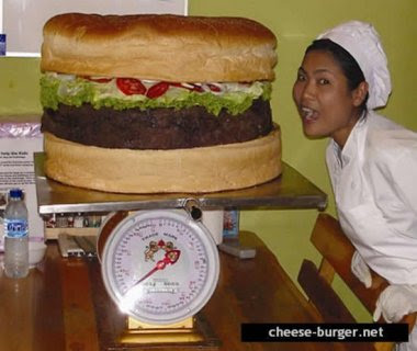 Heavy cheeseburger