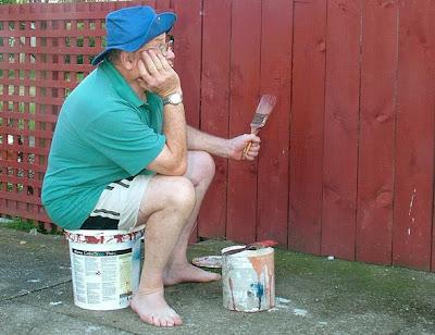 荒唐離奇工作一:觀測油漆是否乾的工人