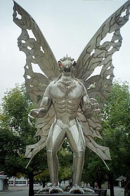 天娥人 神秘生物 - 天娥人 Mothman 神秘生物之首