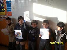 Alumnos exponiendo sus trabajos