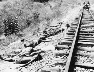 Flagelados da seca no caminho de um campo de concentração no Ceará