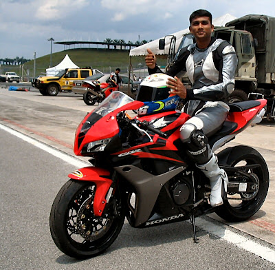 Dilip Rogger on Honda CBR600RR