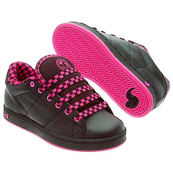 Lady Skate Shoes: Nice Pink Colour