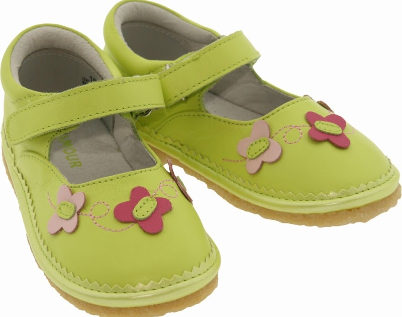 A Classic Tale: L'Amour & Angel Baby Shoes