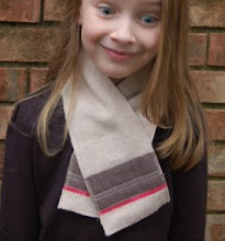 Craft Gossip Tutorial: Kid&#39;s wool scarflette