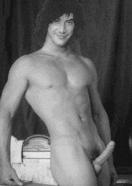 Keanu reeves naked nude cock
