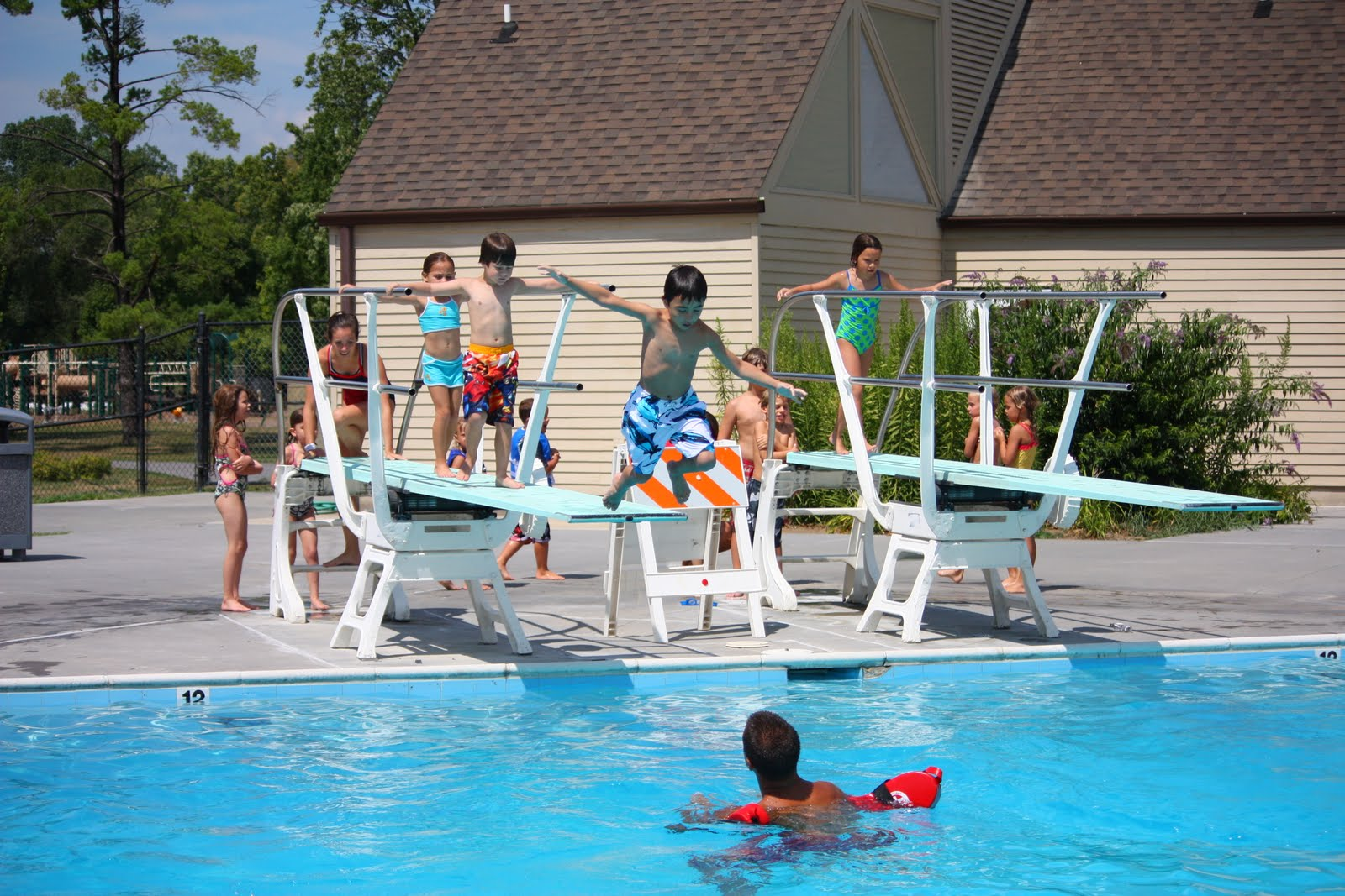 The fiocca kids summer fun for Swimming pool diving board tricks