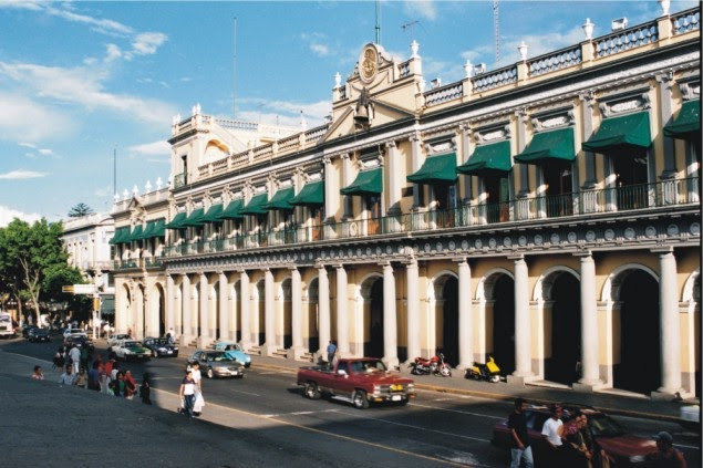 Tu xalapa el palacio de gobierno for Muebles para oficina xalapa veracruz