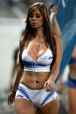 Sexy Sideline Senoritas Photos