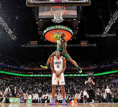 slum dunk wallpaper. 2009 All Star Weekend: NBA Slam Dunk Contest 2009