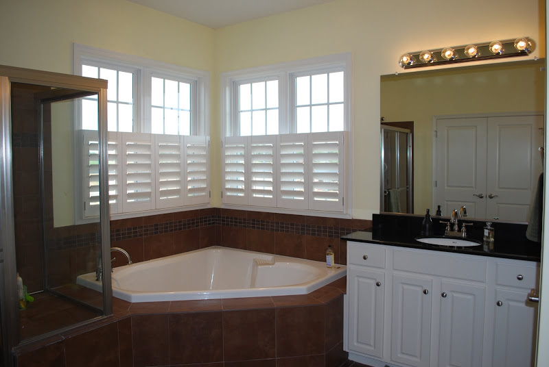 The master bath. I had a heck of a time taking decent photos because  title=