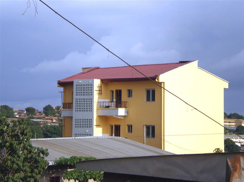 Une maison confortable pour vous juillet 2015 for Appartement meuble a yaounde cameroun