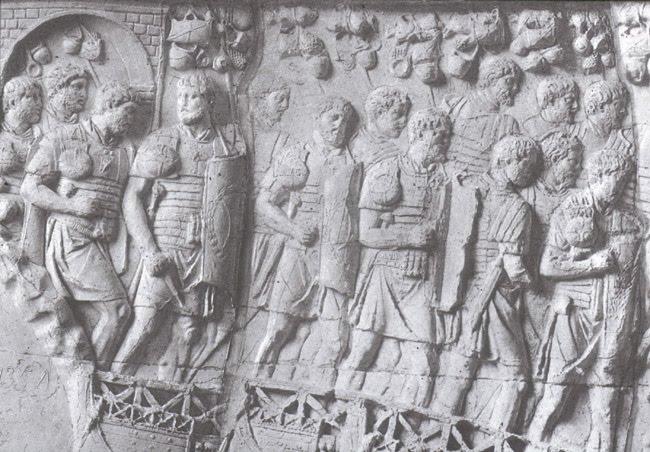 El hecho de que Roma dispusiera de un ejército numeroso y bien organizado fue una de las causas que le permitieron conquistar amplios territorios y crear un gran imperio.