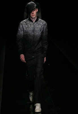 Japan Fashion Week Fall 2009 - Izreel