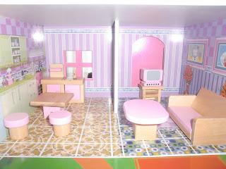 cocina y sala rosa de madera en miniatura