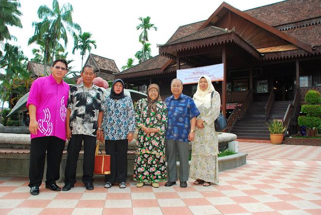 Hjh Dayang Masraini & Hj Abu Naim Visiting Kelantan