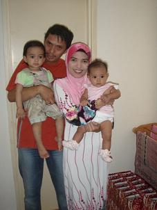 Ungku Iskandar Niza's family