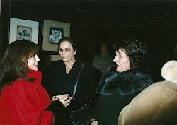 Con dos amigas