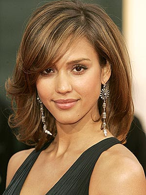 long hairstyles for round faces.