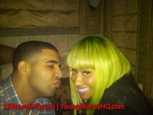 Nicki Minaj and Drake Married Announced On Twitter WHAT?