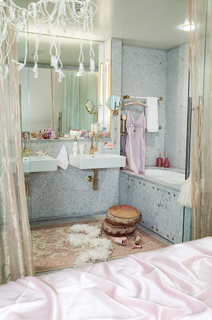 bathroom bazaar. I Am So Glad That It Is Coming To An End! Would Love Go Home And Soak In This Super Glam Tub! It\u0027s Perfectly Girly Yet Not Too Over The Top! It! Bathroom Bazaar