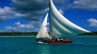 Zeilboot in het water