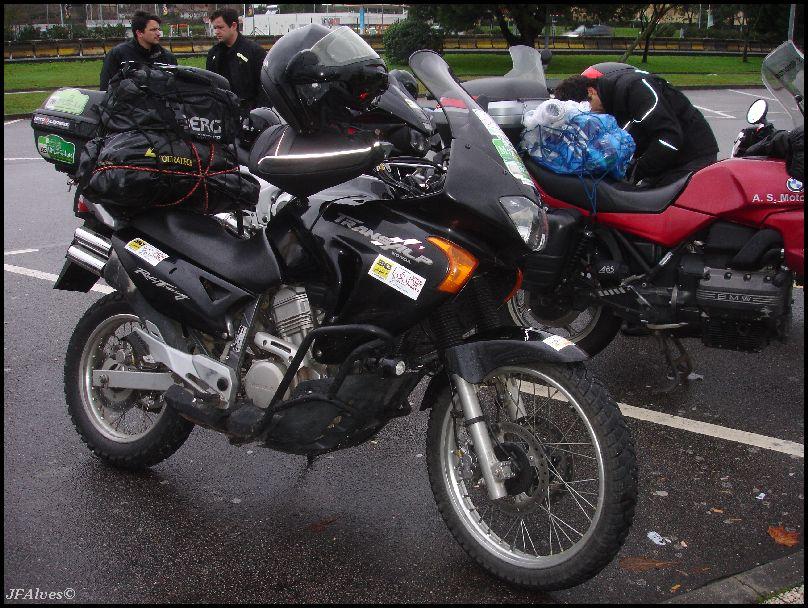 Tralhas e afins, como transportar tudo na moto? 2011_01_08-09-Pinguinos2011-01